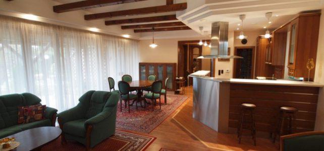Ponúkame na predaj priestranný 4 izbový dom v Dunajskej Lužnej
