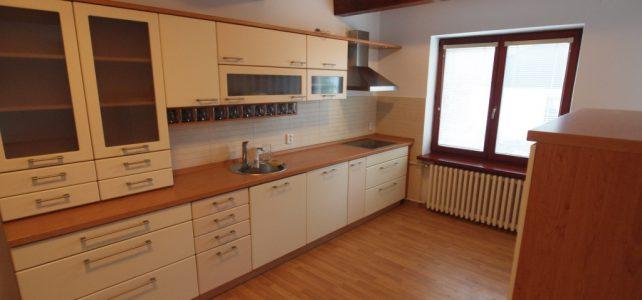 Ponúkame na prenájom 5 izbový rodinný dom na Jaseňovej ulici v Bratislave